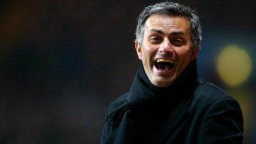 Моуриньо: «Летом «Челси» займется поиском нападающего»