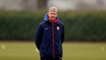 """Венгер считает, что """"Арсенал"""" еще в чемпионской гонке"""