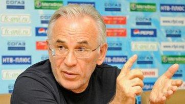 Гаджи Гаджиев за мотивацию своих футболистов не опасается