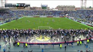 «Динамо» громит «Зенит», а фанаты кто…