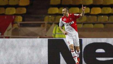 Димитар Бербатов останется в «Монако» на постоянной основе