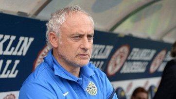 Мандорлини еще сезон будет тренировать «Верону»