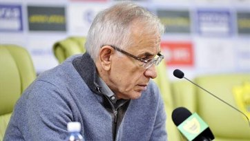 Гаджиев больше не является тренером «Анжи»