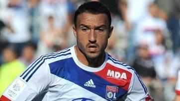 Официально: Мальбранк продлил контракт с «Лионом»