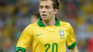 Бернард заработал повреждение на тренировке сборной Бразилии