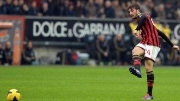 «Бенфика» проявляет интерес к хавбеку «Милана»