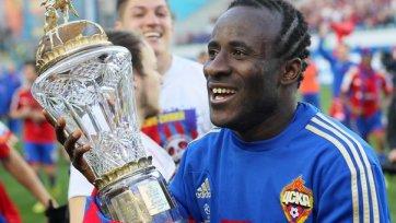 Думбия: «Горжусь, что меня признали лучшим в минувшем сезоне»