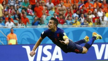Голландия унизила Испанию, взяв убедительный реванш за поражение в финале ЧМ-2010 года