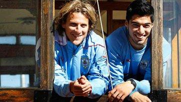 Форлан: «Суарес не уйдет в «Реал» этим летом»