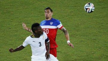 США празднует успех в дуэли с Ганой