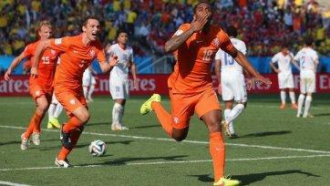 Голландцы справились с Чили