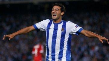 Официально. Карлос Вела продлил контракт с «Реал Сосьедадом»