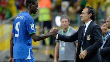 Причиной замены Балотелли в перерыве матча Италия – Уругвай стала его ссора с Пранделли