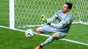 Жулио Сезар – лучший футболист матча Бразилия – Чили