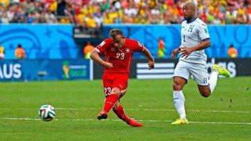 «Монако» может перехватить Шакири у «Ливерпуля»