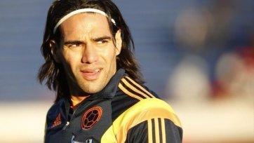 «Реал» пытается сбить цену за Фалькао