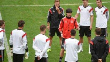 Хуммельс и Подольски могут сыграть против Франции