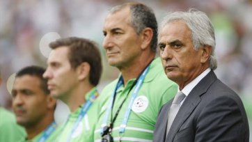 Халилходжич покинул Алжир ради турецкого клуба