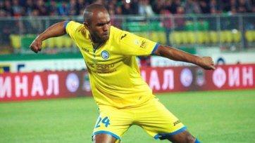 Синама-Понголь ждет предложений от команд из Лиги 1