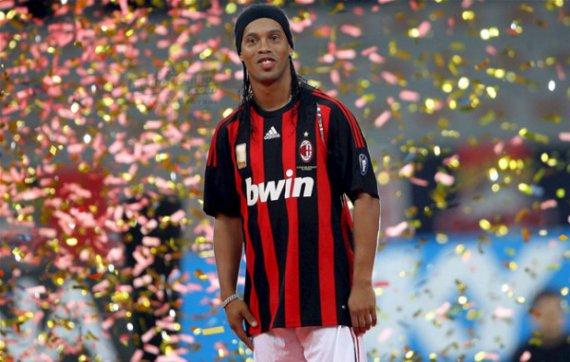 Роналдиньо: «В 2002-м в сборной было больше выдающихся игроков»