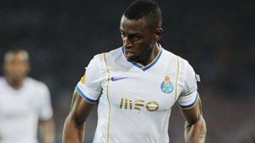 Мартинес заменит в «Милане» Балотелли?