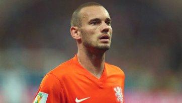 «Монако» проявляет интерес к хавбеку сборной Голландии