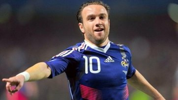 «Динамо» предлагает Вальбуэна 3 млн. в год, игрок «крутит носом»