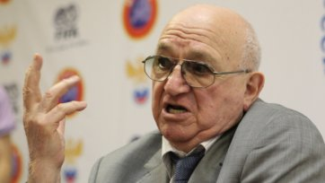 Симонян: «Наши футболисты не едут в европейские клубы из-за нехватки класса»