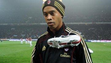 Роналдиньо: «О завершении карьеры пока не думаю»