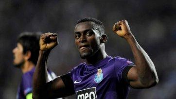 Мартинес будет играть за «Порту» до 2017 года