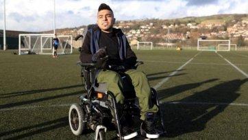Инвалидное кресло не помешает Сохаилу Рехману работать с молодежью «Манчестер Юнайтед»