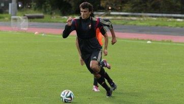Роман Еременко представлен команде и провел первую тренировку