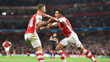 «Арсенал» не без труда, но выходит в основной этап Лиги чемпионов