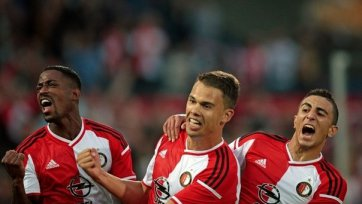 «Заря» трижды забила «Фейеноорду», но дальше идут голландцы