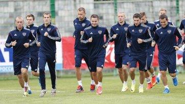 Виктор Файзулин может не сыграть против Азербайджана
