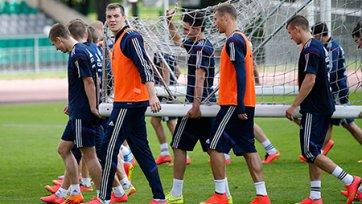 Сборная России в хорошем настроении завершила подготовку к первому официальному матчу