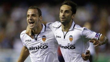 Экс-игрок «Валенсии» Жонас ведет переговоры с «Тоттенхэмом»