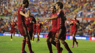 Испания уверенно разобралась с Македонией