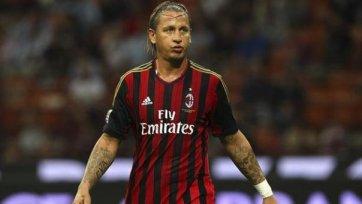 Мексес: «Я счастлив в «Милане» и готов продлить контракт»