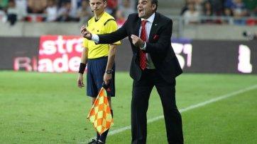 Сборная Венгрии осталась без главного тренера