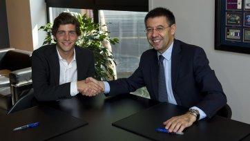 Серхи Роберто продлил контракт с «Барселоной»