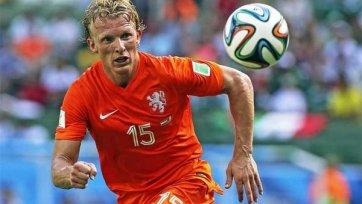 De Telegraaf: Дирк Кюйт завершил международную карьеру