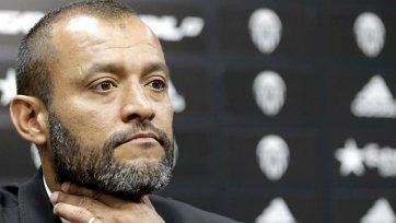 Эшпириту Санту – лучший тренер Примеры в сентябре
