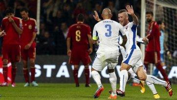 Словакия обыграла действующих чемпионов Европы и вышла в лидеры