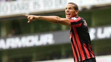 Рио Фердинанд завершит карьеру следующим летом
