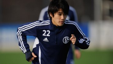 Ацуто Учида продлит контракт с «Шальке»
