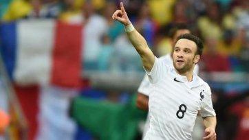 Матье Вальбуэна поможет сборной Франции в ближайших матчах