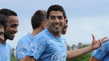 Суарес и Кавани забили за Уругвай, но обыграть Коста-Рику не удалось