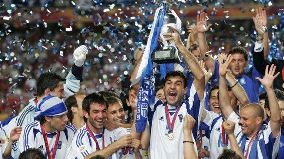 Десять лет спустя. Как сборная Греции упала с олимпа на дно