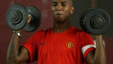 Эшли Янг сможет помочь «Манчестер Юнайтед» в ближайшем туре